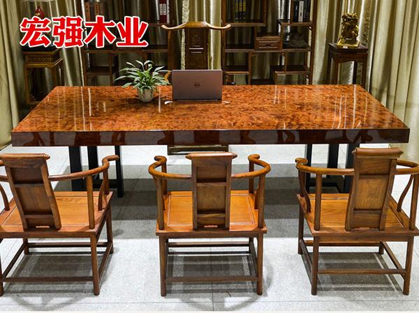 巴花大板桌