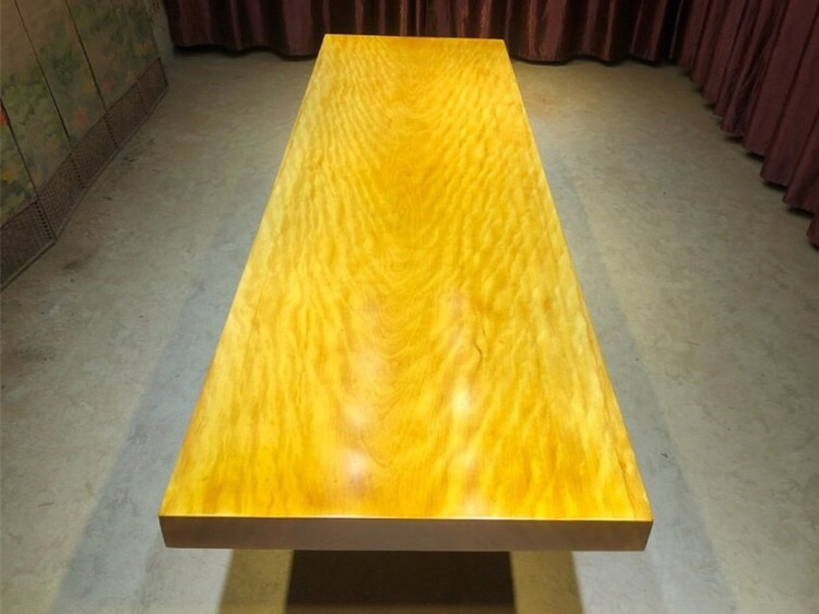 黄花梨大板桌