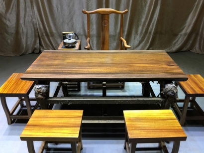 奥坎大板桌
