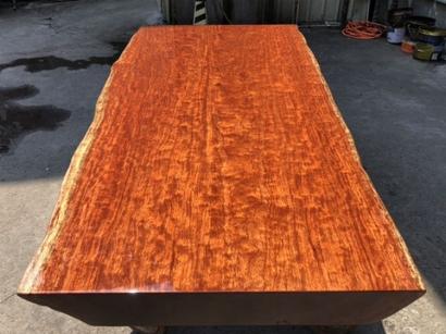 聊城巴花实木大板桌