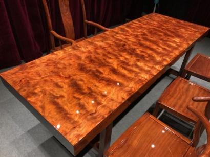 河北巴花实木大板桌